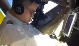 10134000-6732925-The_video_surfaced_just_days_after_China_Airlines_pilots_ended_a-a-24_1550828371896