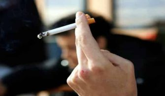 avusturyalilar-sigara-icmede-ab-ucuncusu