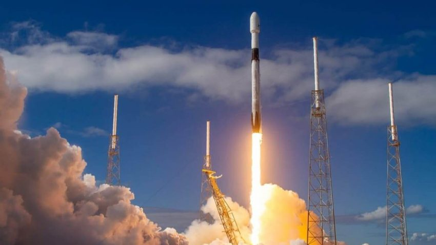 yeni-uzay-istasyonu-parcalari-spacex-1